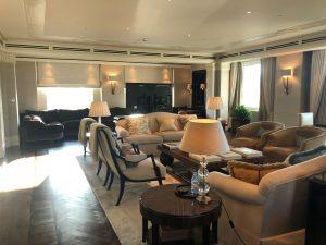 large luxury sitting room